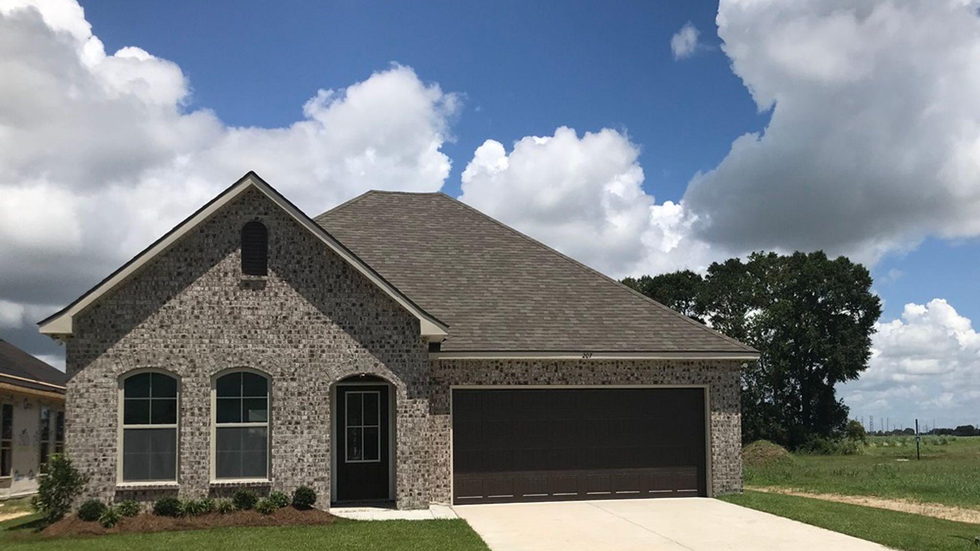 Maple II B - Front View – The Estates at Sugar Ridge Community - DSLD Homes