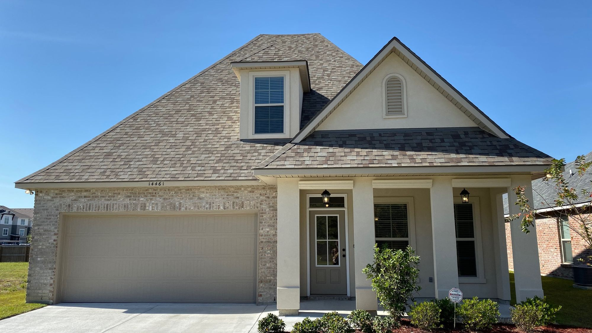 Front view - Silver Oaks Community - DSLD Homes Gonzales