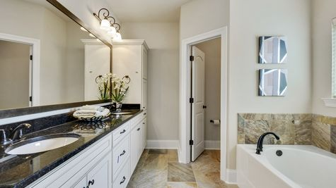 Master Bathroom - Northern Oaks - DSLD Homes Pass Christian