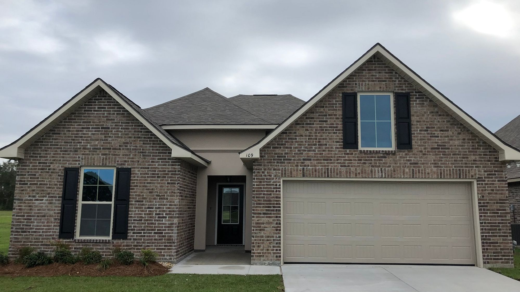 Front View - Sugar Ridge Community - DSLD Homes - Youngsville
