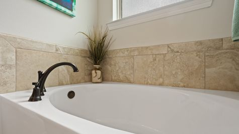 Master Bath - Talla Pointe - DSLD Homes Ocean Springs