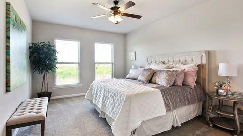 DSLD Homes - Liberty IV Open Floorplan Master Bedroom Image
