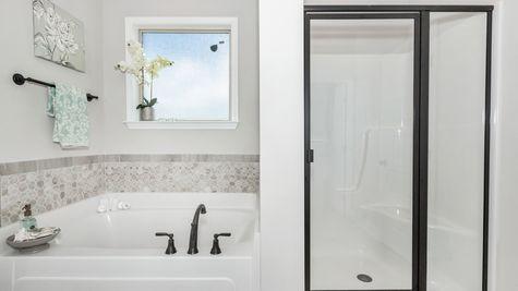 Meadow Crest Model Home Master Bathroom - Collinswood II G - DSLD Homes - Hazel Green, AL