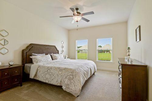 Keystone of Galvez - Model Home Master Bedroom - DSLD Homes - Paris II A - Gonzales, LA