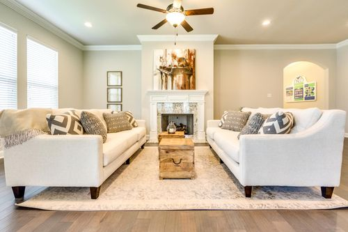 The Estates at Moss Bluff - Model Home Living Room - DSLD Homes - Sycamore II A - Lafayette, LA