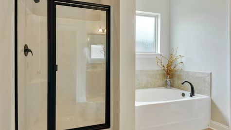 Master Bath - Savoy Place - DSLD Homes Gulfport