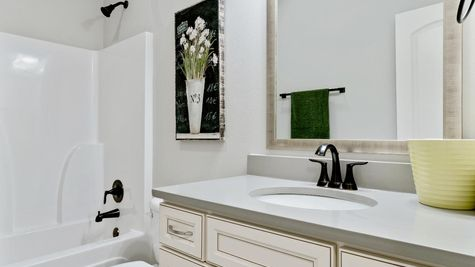 Model Home Guest Bathroom 2- DSLD Homes in Lake Charles - The Cove at Morganfield