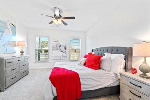 Graham Heights - Model Home Master Bedroom - Troy III G - Lafayette, LA