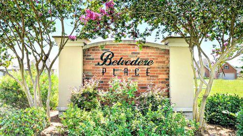 Front Entrance - Belvedere Place - DSLD Homes Gulfport