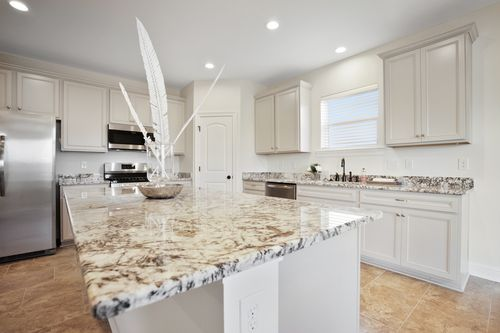Pelican Crossing - Model Home Kitchen - DSLD Homes - Cognac IV B - Gonzales, LA