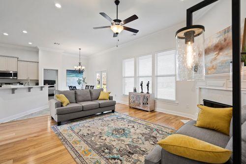 Fairview Gardens Model Home Living Room - Cezanne III A - Zachary, LA