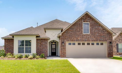 The Estates at Moss Bluff - Model Home Exterior - DSLD Homes - Sycamore II A - Lafayette, LA