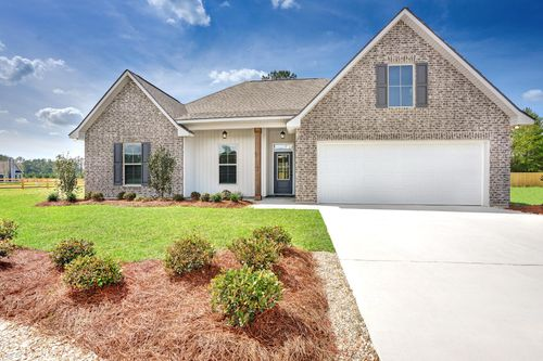 Simpson Farms Model Home Exterior - Cary IV H Floor Plan - DSLD Homes - Covington, LA
