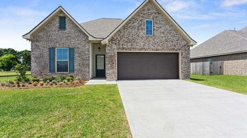 Sugar Ridge Model Home Exterior Front Elevation - Sugar Ridge Community - DSLD Homes - Lafayette