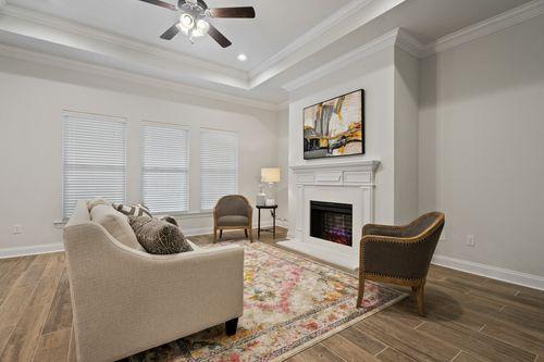 Talla Pointe - Model Home Living Room - DSLD Homes - Hendricks III A - Ocean Springs, MS