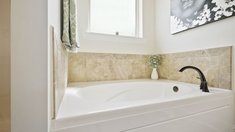 Master Bath - New Construction Homes - DSLD Homes Pelican Crossing Gonzales