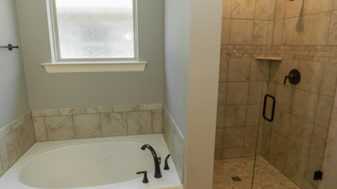 Beauclaire Move-In Ready Bathroom - DSLD Homes - Shreveport