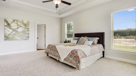 Master Suite - River's Edge - DSLD Homes D'Iberville