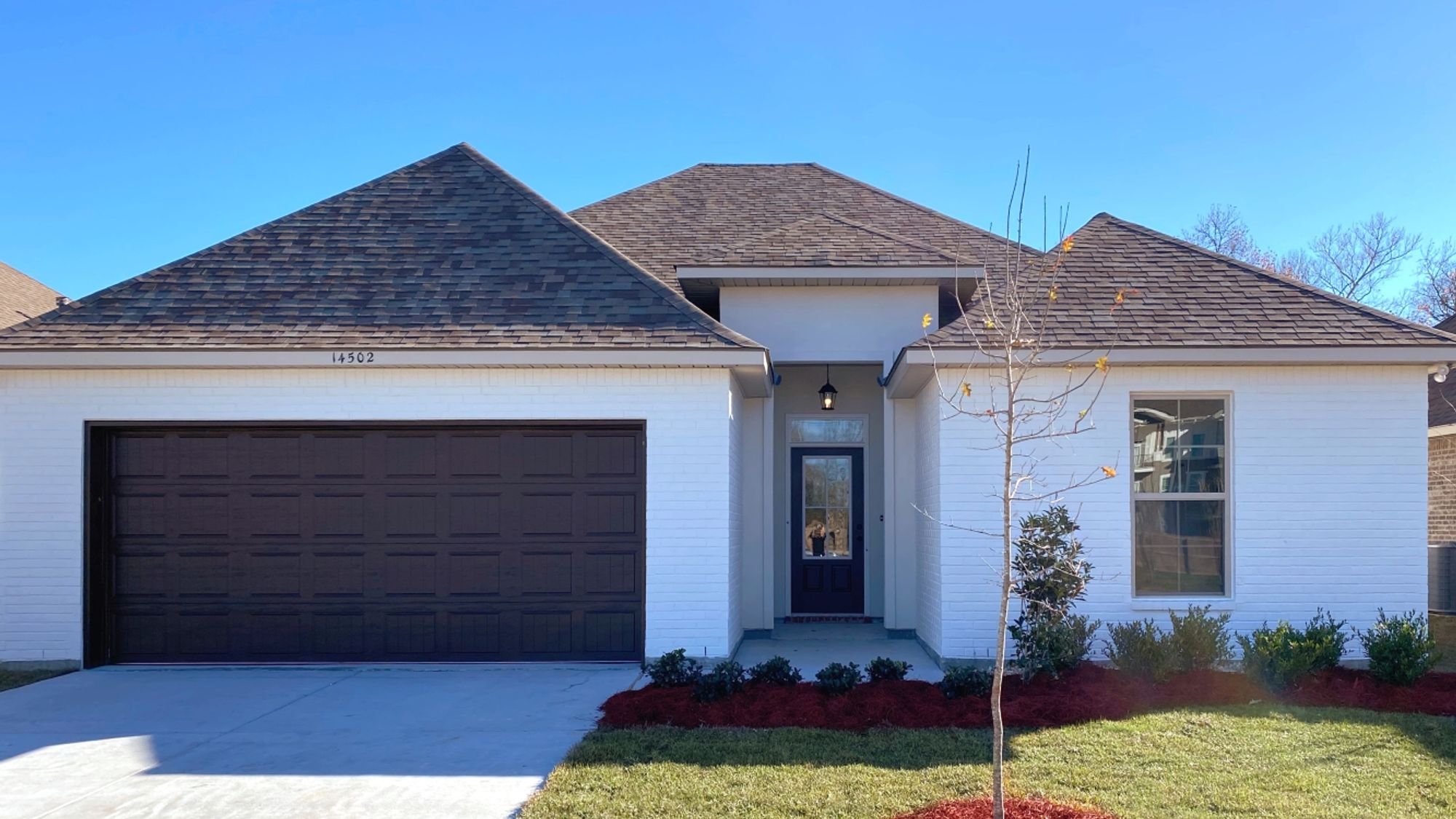 Front View - Lagrasse IV A - Silver Oaks Community - DSLD Homes Gonzales