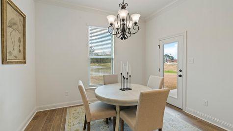 DSLD Homes - Ambassador Gardens - Klein II B - Lafayette, LA - Model Home Dining Room