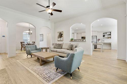 The Crossings - Model Home Living Room - DSLD Homes - Rossi III B - Ponchatoula, LA
