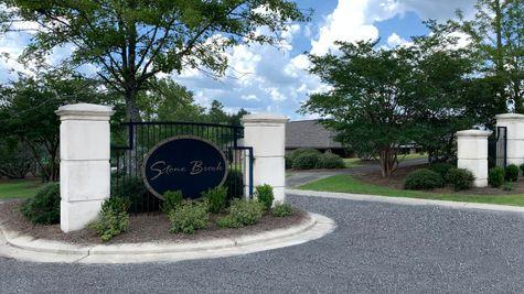 Stone Brook Front Entrance Sign - DSLD Homes - Spanish Fort, Alabama