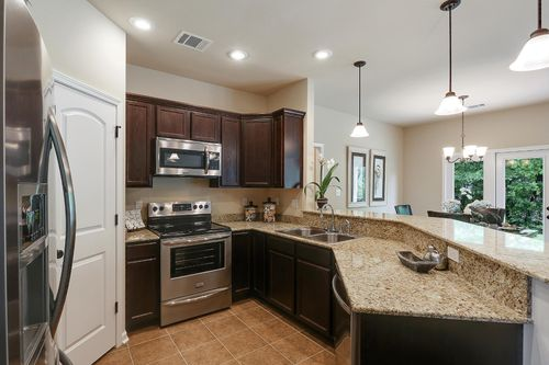 Belvedere Place - Model Home Kitchen - DSLD Homes - Dreyer III A - Gulfport, MS