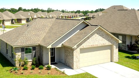 Front Elevation of Model Home - Belvedere Place - DSLD Homes Gulfport