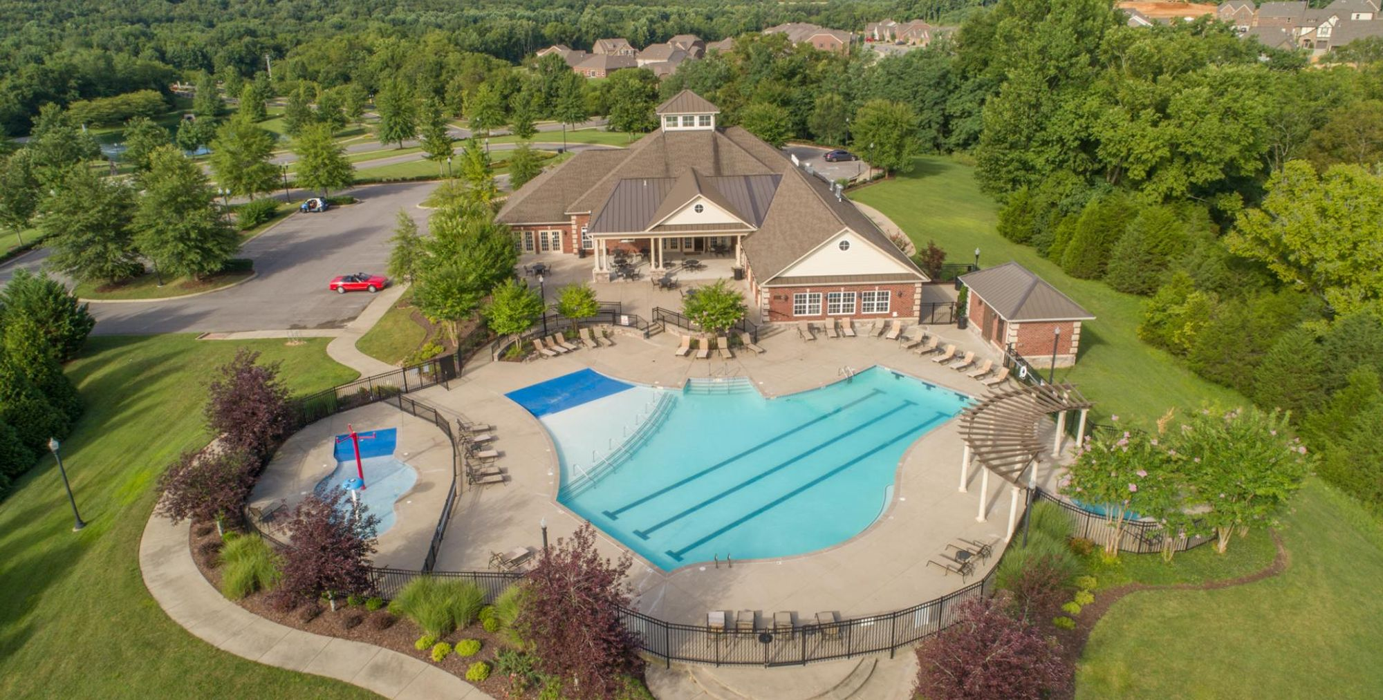 Live like you're on vacation at the StoneBridge Pool & Clubhouse