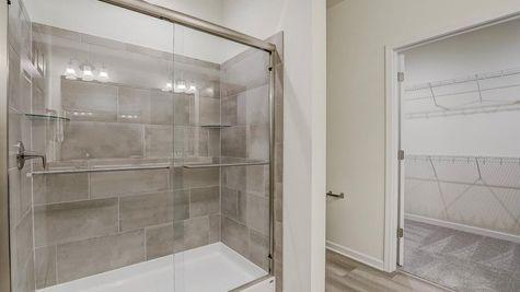 The Breckenridge Owners Bathroom and Walk-in Closet - Halen Homes