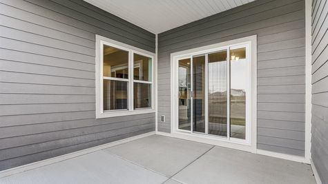 7615 W Park Circle Way - Covered Porch