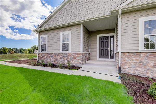 The Breckenridge Model Front Door - Halen Homes