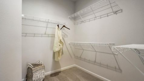 The Lillian, Owners Walk-In Closet - Halen Homes