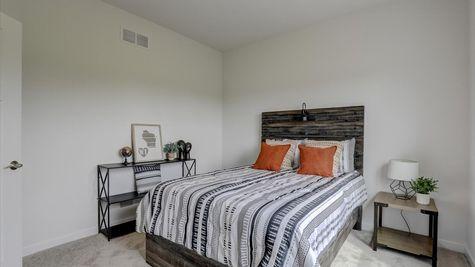 818 Bridlewood Drive, bedroom