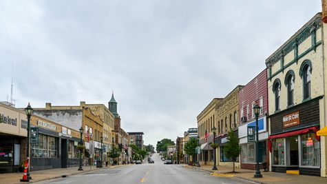 Downtown Hartford Wisconsin