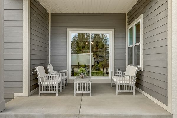 The Juliet Patio - Halen Homes