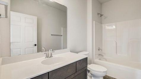 The Breckenridge Bathroom W142N11283 Wrenwood Pass, Germantown WI