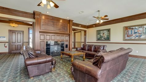 Bridlewood Clubhouse Great Room - Halen Homes