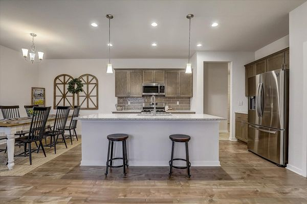 The Aspen Kitchen W142 N11287 Wrenwood Pass, Germantown, WI