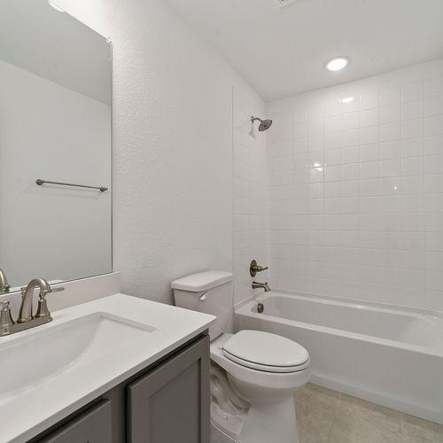 Landing at Providence bathroom 9 | HistoryMaker Homes