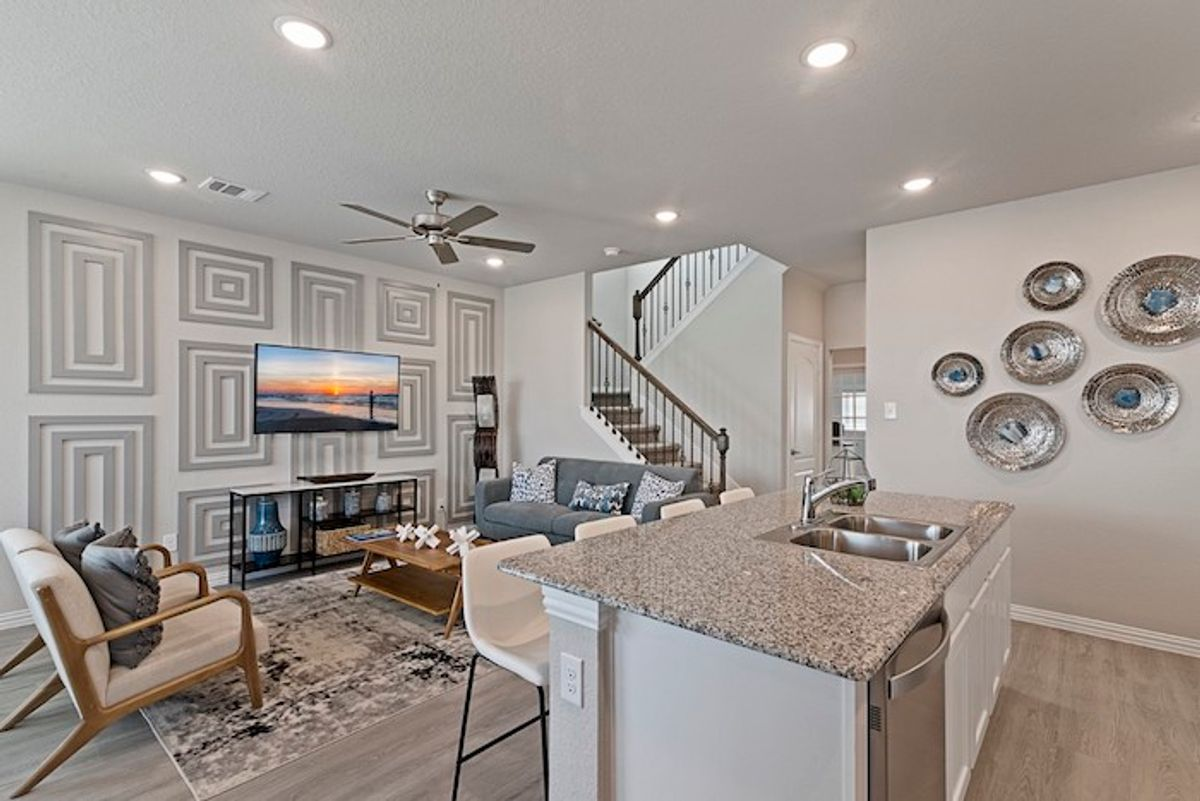 Why Townhome Living in Houston is a Smart Choice
