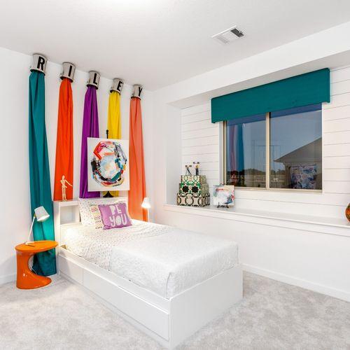 HistoryMaker Homes at Summer Lakes Model Bedroom 8
