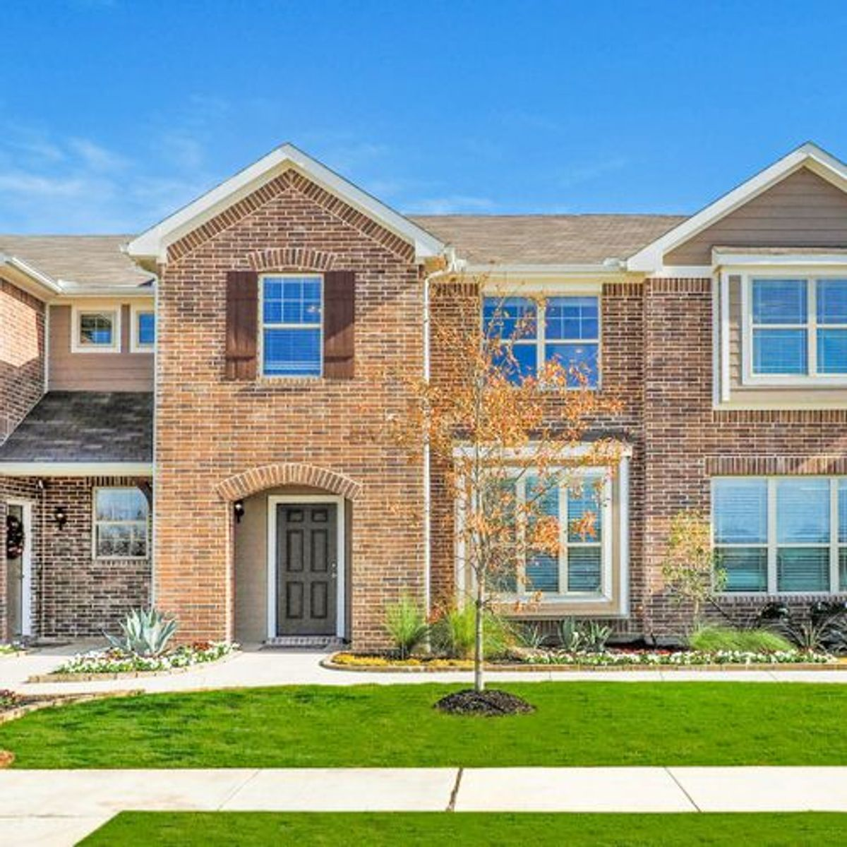 Featured Community: Meet Brentwood Place Townhomes in Denton