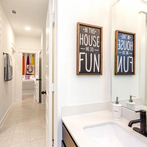 HistoryMaker Homes at Summer Lakes Model Bathroom 6
