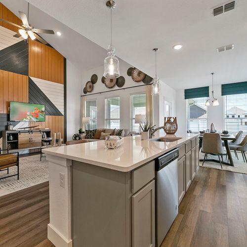 Landing at Providence model kitchen 3 | HistoryMaker Homes