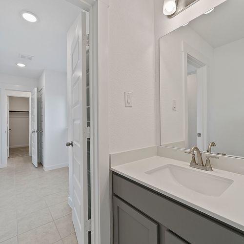 Landing at Providence model vanity | HistoryMaker Homes