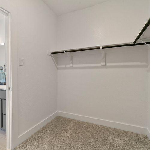 Landing at Providence model walk in closet | HistoryMaker Homes