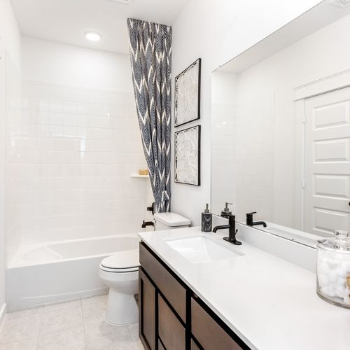 HistoryMaker Homes at Summer Lakes Model Bathroom 8