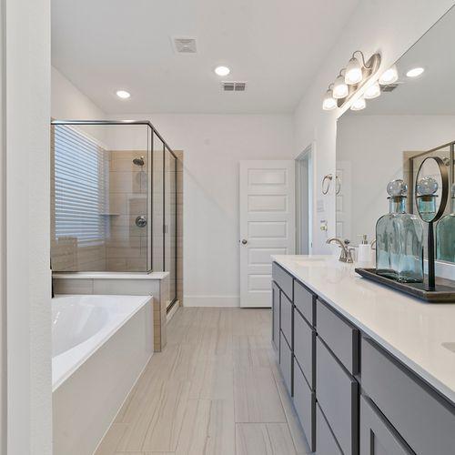 Landing at Providence model bathroom 3 | HistoryMaker Homes