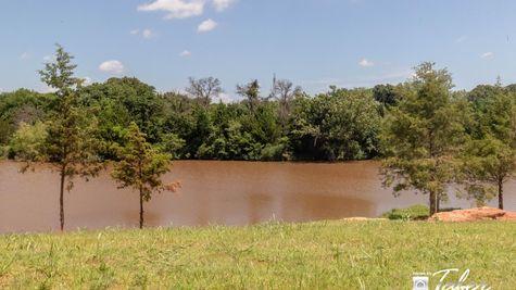 New Homes in Edmond OK in Delmer Lakes